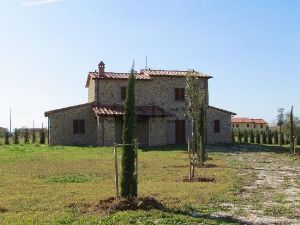 Casale/cascina in strada provinciale 28 siena-cortona, 52