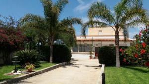 Casa indipendente in contrada Dammusello, 749