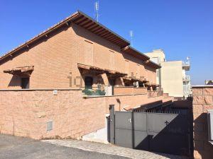 Villetta a schiera in via di Vermicino, 50