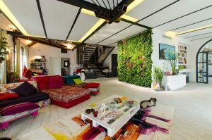 Villa con giardino verticale a Milano