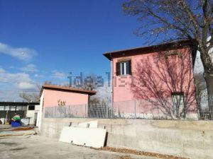Villa in quartiere Ponte di Nona-Colle degli Abeti