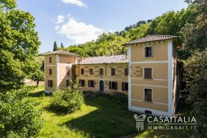 Villa in via Ricci, 17