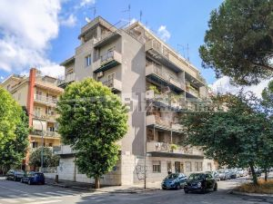 Appartamento in via Giulio Aristide Sartorio, 9