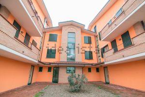 Appartamento su due piani in via San Fereolo, Lodi, LO s.c.n