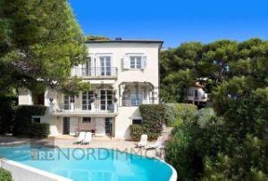 Villa a Cap-d'Ail