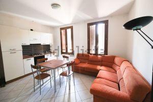 Appartamento in via Comacchio, 1245  b