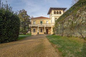 Casa indipendente in strada Val San Martino Superiore s.c.n