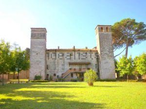Villa in Area Vicopelago-Santa Maria del Giudice