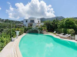 Villa in via Cannula, 18