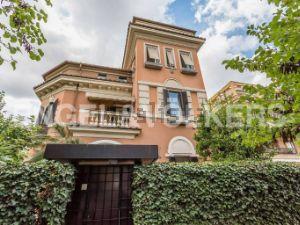Villa in via Giacinto Carini