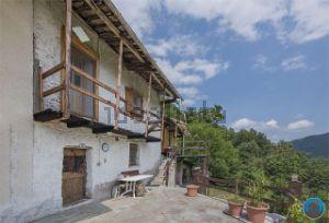 Casa indipendente in via Moloire, 10