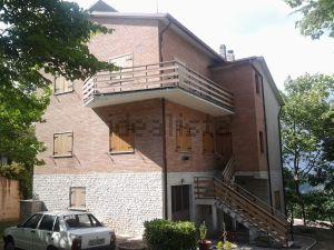 Casa indipendente in contrada Cese s.c.n