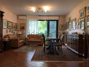 Appartamento in Corso Genova Periferico