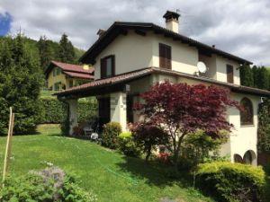 Villa in strada dei Gallinit, 29