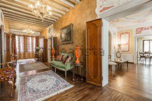 Appartamento su due piani in Area Residenziale san marco quartiere San Marco