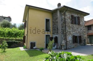 Casa indipendente in via Malgrate s.c.n