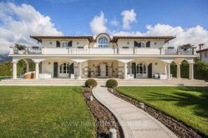 Villa in via Flli Cervi