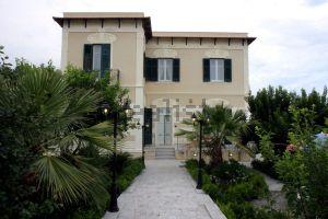 Villa in via Isa Conti Eller Vainicher, 20