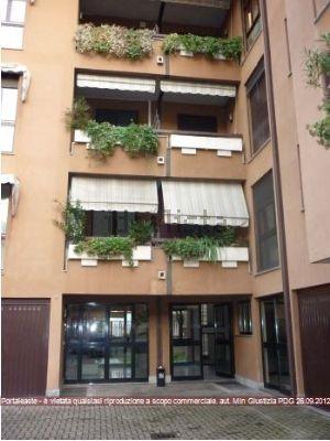 Appartamento all'asta in via Emilio Alessandrini, 4