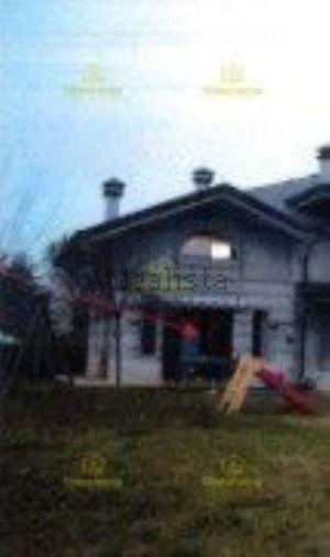 Villa all'asta in via Teano, 68