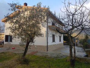 Villa in quartiere Mezzomonreale-Villatasca