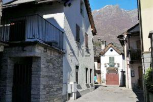 Casa indipendente in frazione Ronchetto