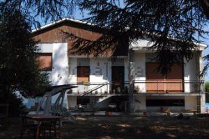 Villa in via Alessandria, 1 /T