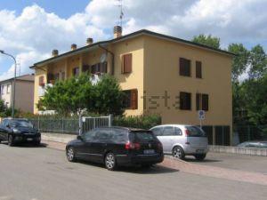 Appartamento in via Emilia Ovest, 317