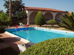 Villa in Contrade Extraurbane