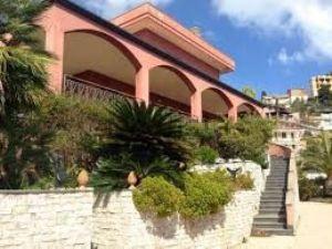 Villa a Taormina