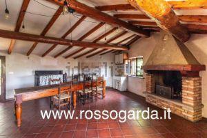 Casa rurale in via Bastiglia, 1