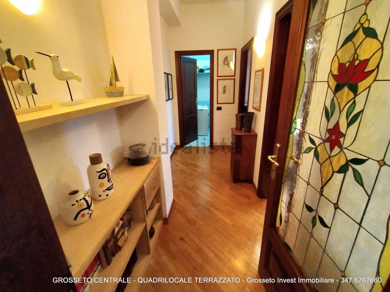 Grosseto Invest di Luigi Ciampi vendita appartamento Corridoio di quadrilocale su  Agostino de pretis, 10, Centro, Grosseto