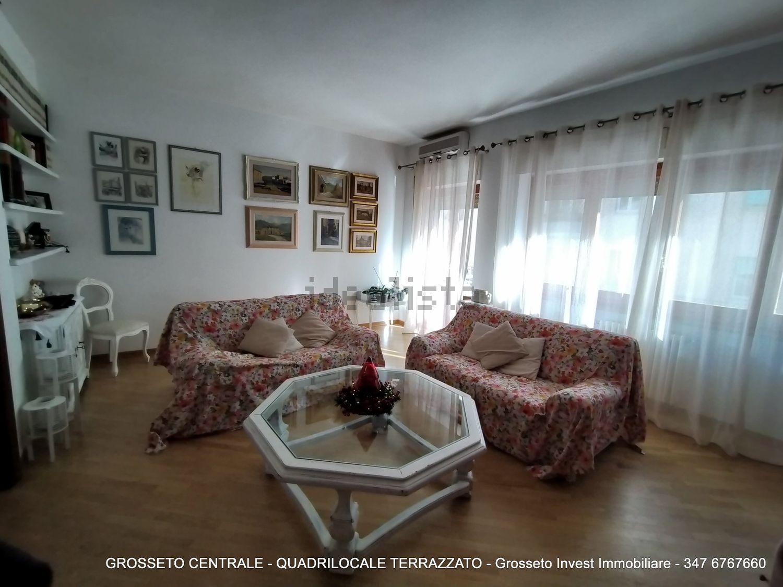 Grosseto Invest di Luigi Ciampi vendita appartamento Sala di quadrilocale su  Agostino de pretis, 10, Centro, Grosseto