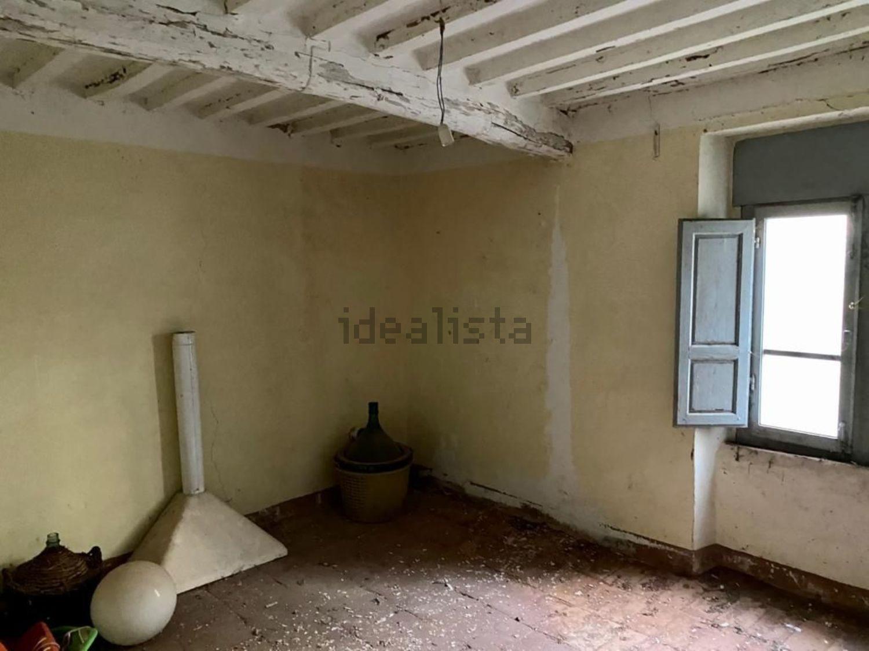 Grosseto Invest di L. Ciampi:: Dettagli di  casa di paese in vendita a  Monticello Amiata, via della stazione, 24, Cinigiano