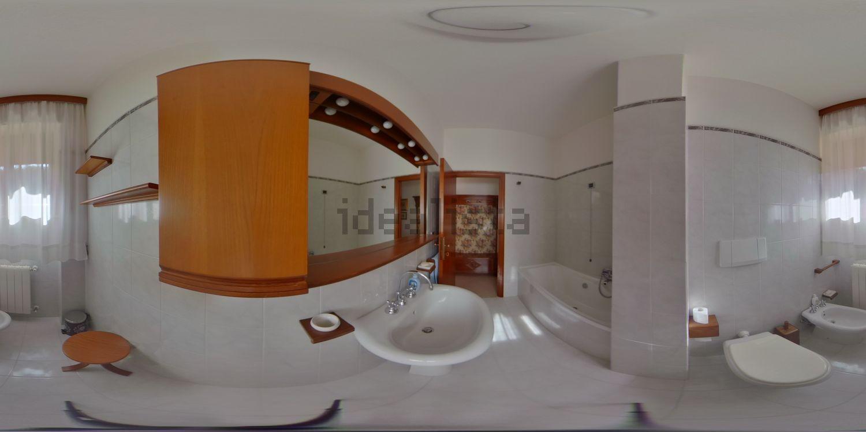 Immagine Bagno di appartamento su  de nicola, 20, Gorarella, Grosseto, Agenzia Immobiliare Grosseto Invest
