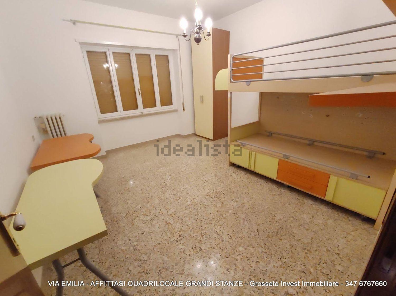 Grosseto Invest di L. Ciampi ::  Camera da letto di quadrilocale in affitto a Via Emilia, Pace, Grosseto