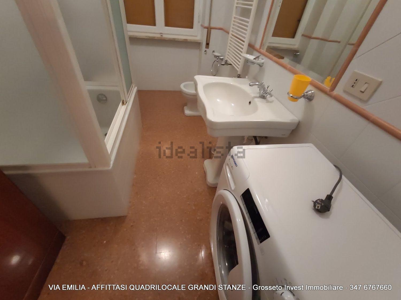 Grosseto Invest di L. Ciampi ::  Bagno di quadrilocale in affitto a Via Emilia, Pace, Grosseto