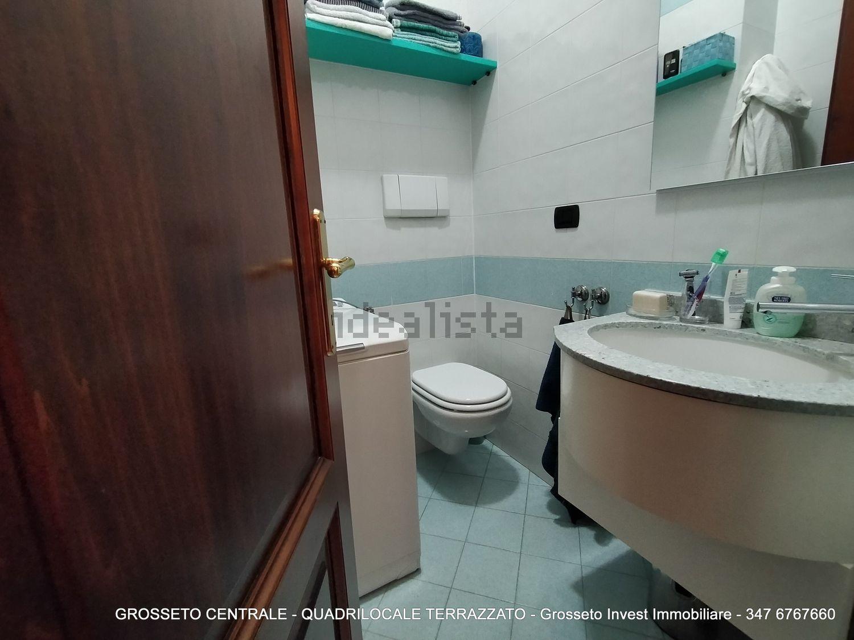 Grosseto Invest di Luigi Ciampi vendita appartamento Bagno di quadrilocale su  Agostino de pretis, 10, Centro, Grosseto