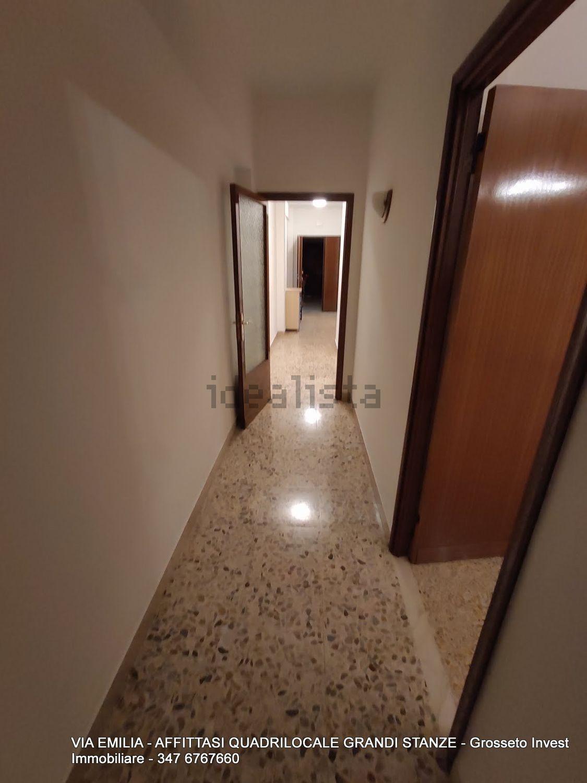 Grosseto Invest di L. Ciampi ::  Corridoio di quadrilocale in affitto a Via Emilia, Pace, Grosseto
