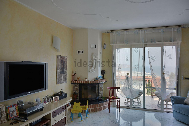 Soluzione Indipendente in vendita a SanRemo, 9 locali, prezzo € 2.500.000 | Cambio Casa.it