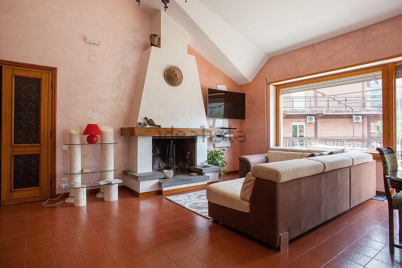 Attico / Mansarda in vendita a Subiaco, 5 locali, prezzo € 240.000 | Cambio Casa.it
