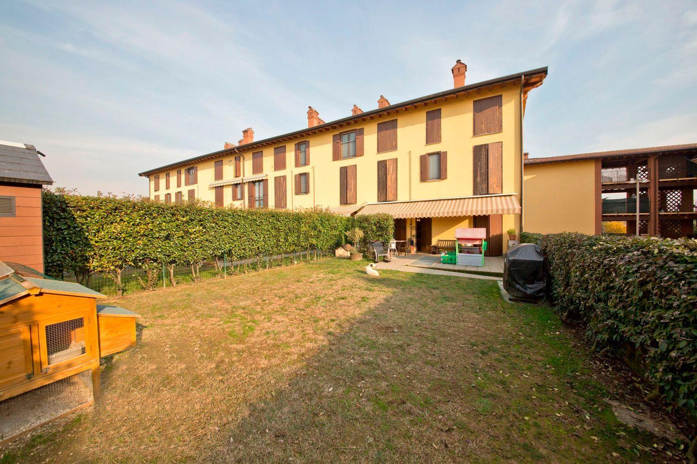 Appartamento in vendita a Masate, 3 locali, prezzo € 178.000 | Cambio Casa.it