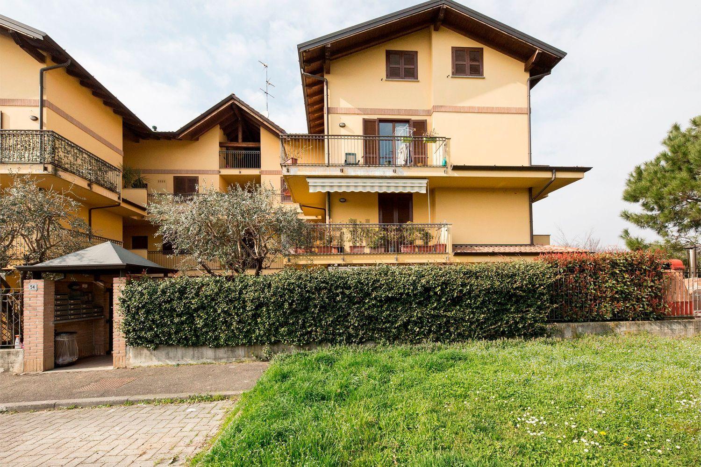 Appartamento in vendita a Basiano, 3 locali, prezzo € 215.000 | Cambio Casa.it