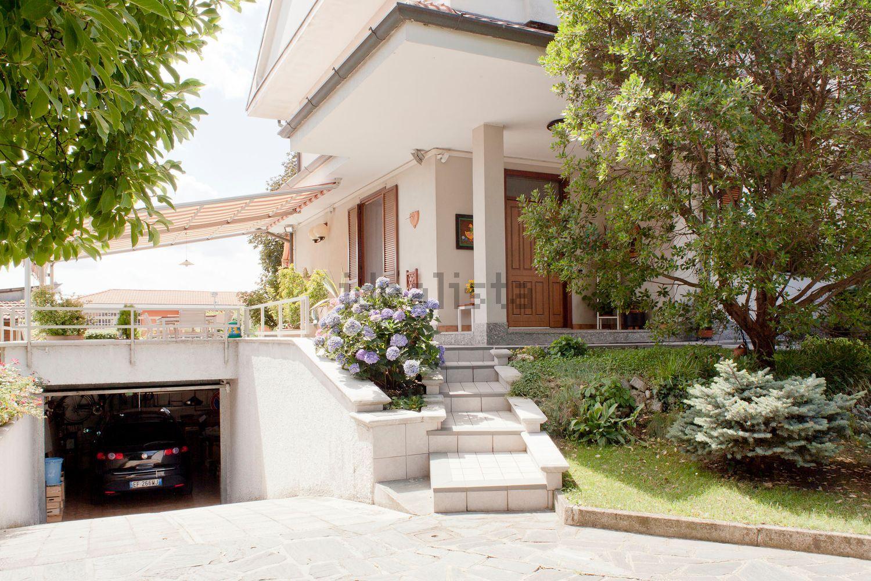 Villa Bifamiliare in vendita a Masate, 5 locali, prezzo € 380.000 | Cambio Casa.it