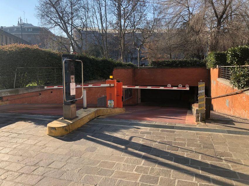 Garage In Vendita In Via Conca Del Naviglio 39 Navigli Porta Genova Milano Idealista