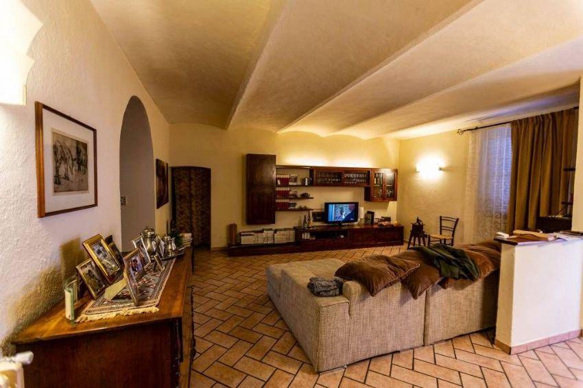 Casa indipendente in vendita in strada dei Pian di Ballo ...