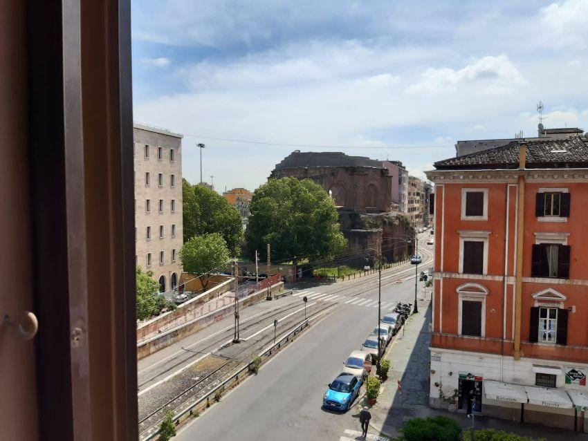Quadrilocale in affitto in giolitti s.n.c, Termini ...