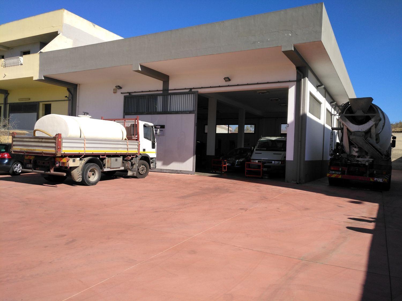Ufficio Open Space Quartucciu : Capannone in vendita in località località pille matta quartucciu