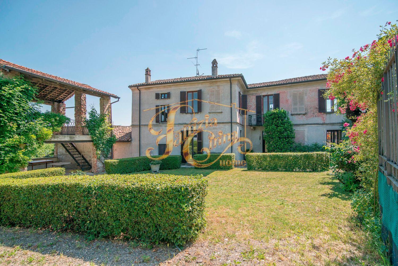 Case Di Campagna Colline Piacentine : Casa indipendente in vendita in via badenigo s n c ziano piacentino