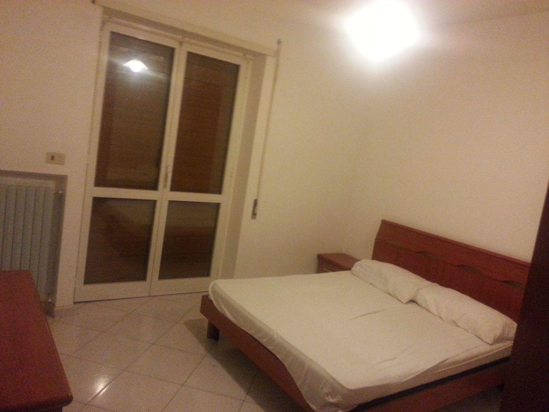Stanze Da Letto Rosse : Camera da letto rossa e bianca top cucina leroy merlin top